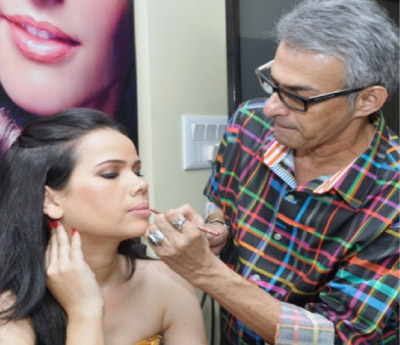 Make-up-Magic-Workshop-by-Cory-Walia-1